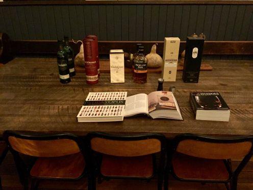 Line up whisky waffle